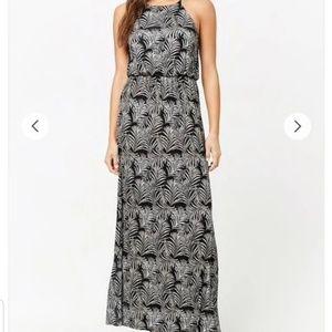 Forever 21 Leaf Print Maxi Dress